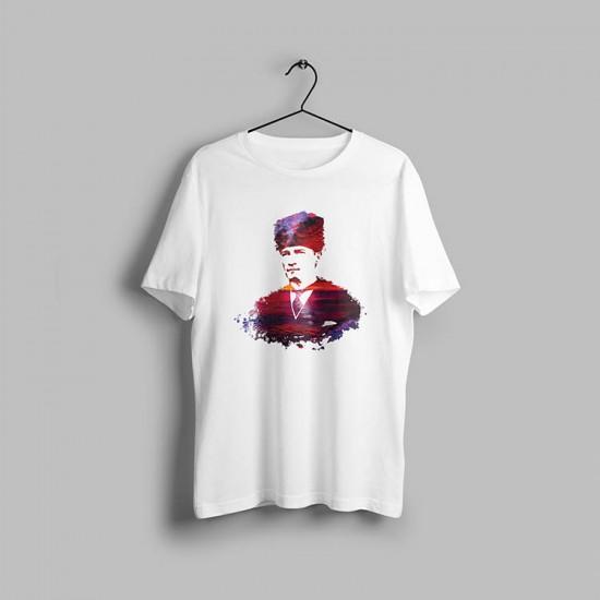 Atatürk Siluet Renkli Tasarımlı Tshirt
